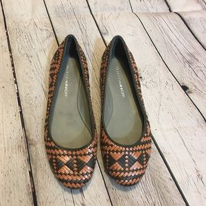 Rebecca Minkoff size 7 basket weave leather flats